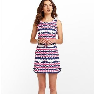 Lilly Pulitzer Whales Tails Shift Dress sise4 NWT